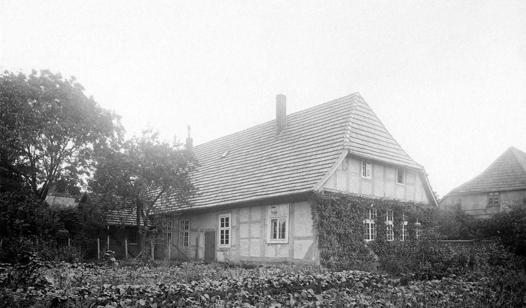 Der sogenannte Mülbe'sche Burgmannshof am nördlichen Ende der Grabenstraße, Vorgängerbau des heutigen Gemeindehauses.